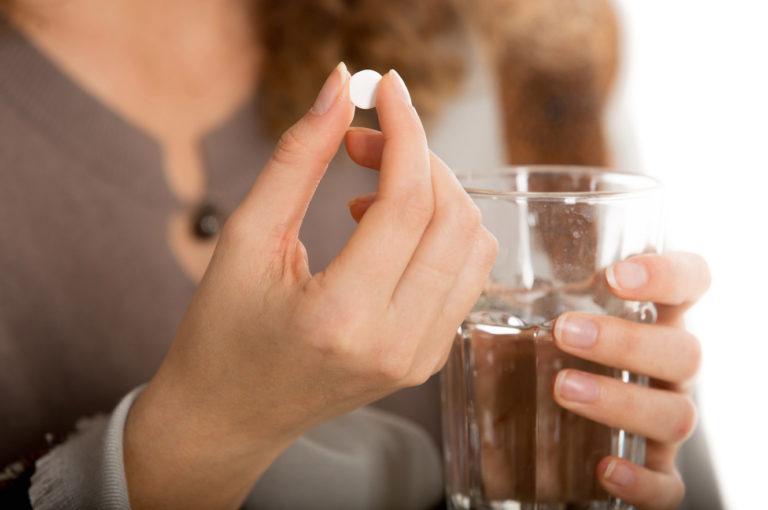 Парацетамол при грудном вскармливании: можно ли?