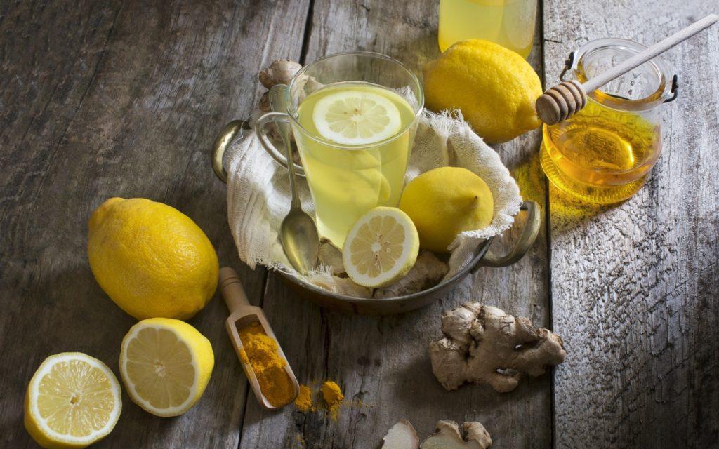Чай с лимоном, медом, имбирем