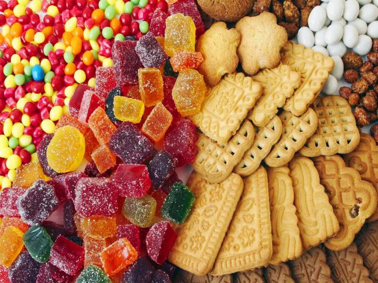Можно ли есть сладости кормящей маме и какие