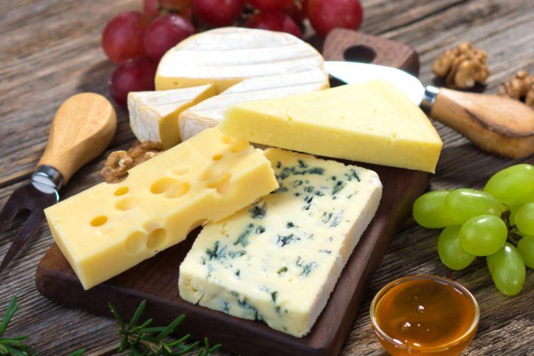 Какой сыр можно при грудном вскармливании