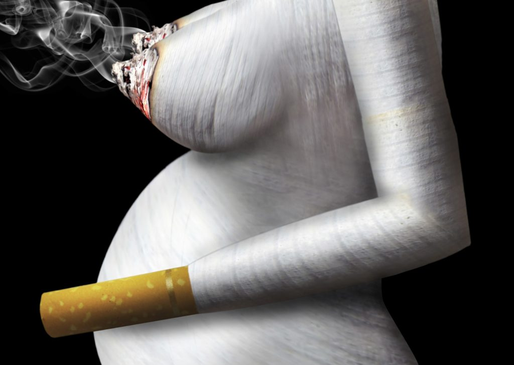 Схема как курение отравляет грудь женщины