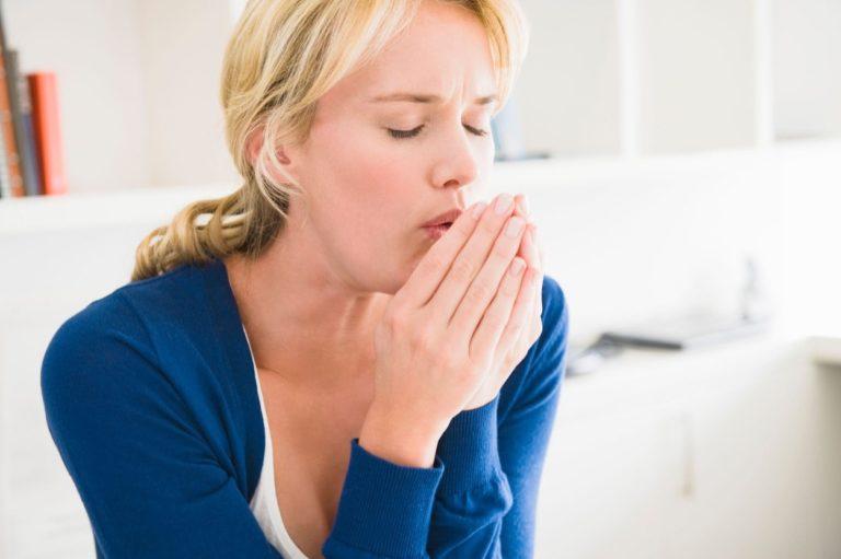 Кашель при грудном вскармливании: чем лечить кормящую маму