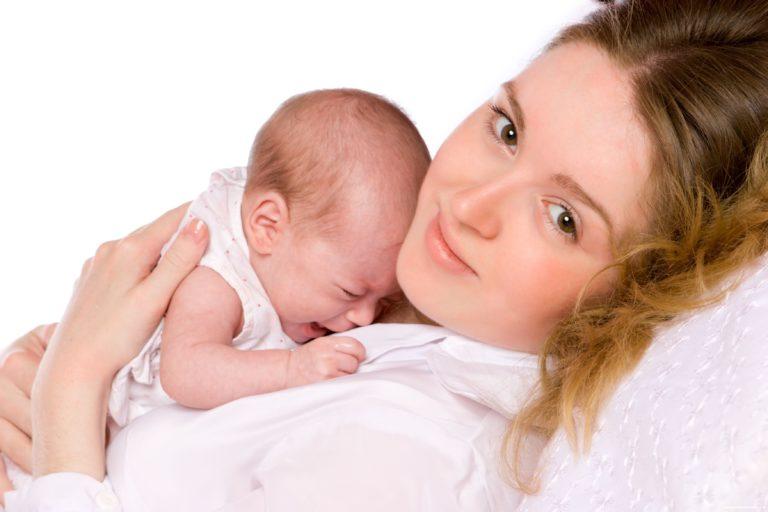 Ребенок отказывается от грудного вскармливания: почему и что делать