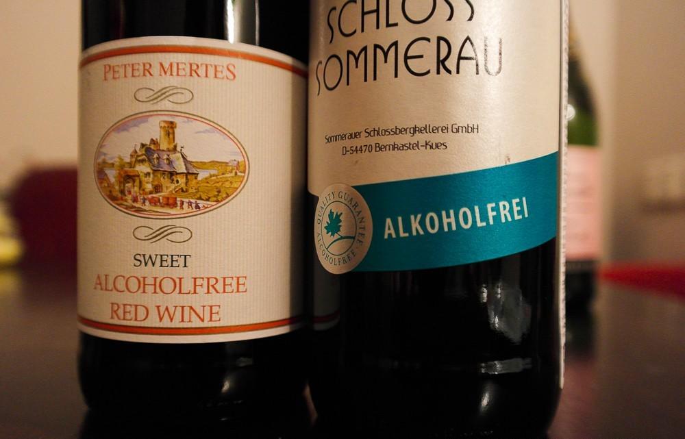 Безалкогольное вино две бутылки