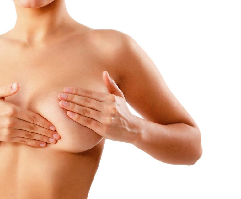 Когда необходимо расцеживание груди после родов и как это правильно делать