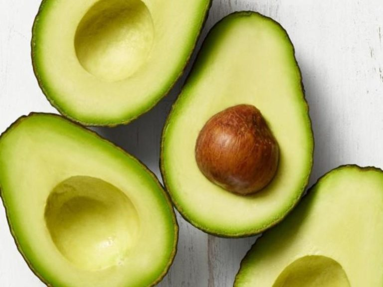 Авокадо при грудном вскармливании для кормящей мамы